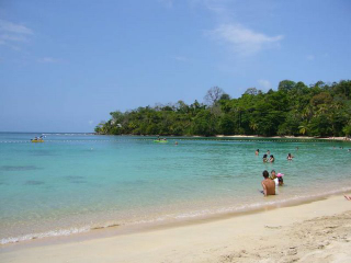 Colon Isla Grande Beach