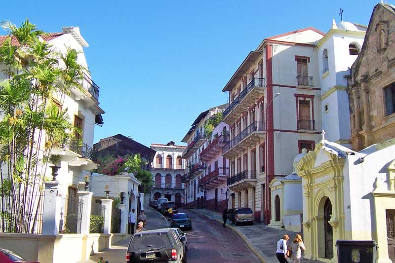 casco viejo-panama-city-tour