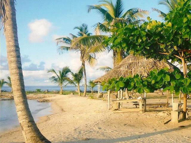 akwadup-lodge-san-blas-islands-panama-around-beaches