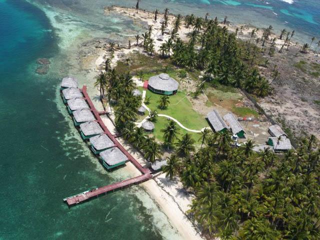 akwadup-lodge-san-blas-islands-panama-beach-air