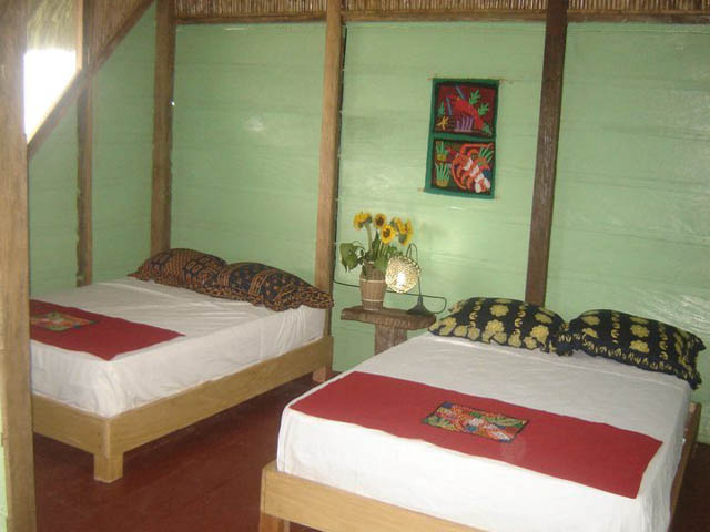 akwadup-lodge-san-blas-islands-panama-beds-rooms
