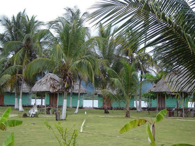 akwadup-lodge-san-blas-islands-panama-paraiso-natural