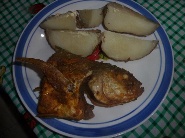 cabanas-ukuptupu-san-blas-islands-panama-dinner