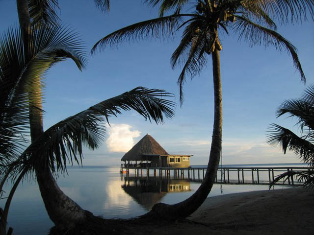 coral-eco-lodge-hotel-san-blas-islands-panama-beach-cabins