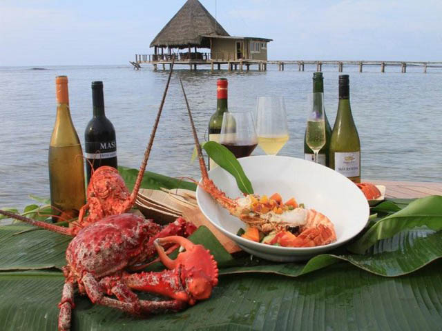 coral-eco-lodge-hotel-san-blas-islands-panama-food