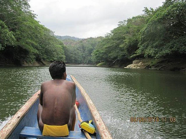 embera-village-day-tour-panama-canoa