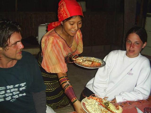 hostal-nadi-san-blas-islands-panama-beach-food