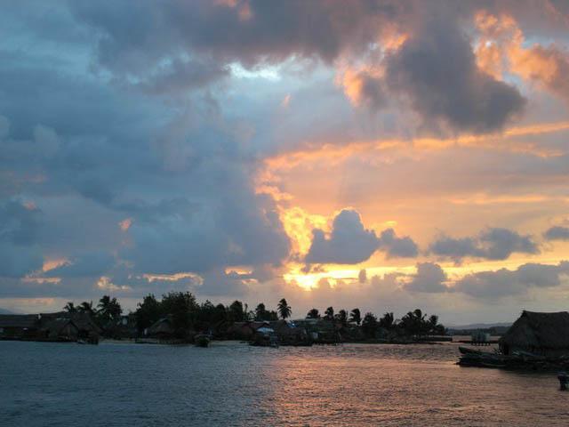 hostal-nadi-san-blas-islands-panama-beach-paradise