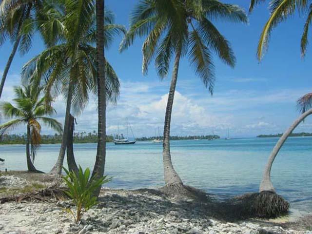 hotel-el-porvenir-san-blas-islands-panama-beach-cayos-holandeses