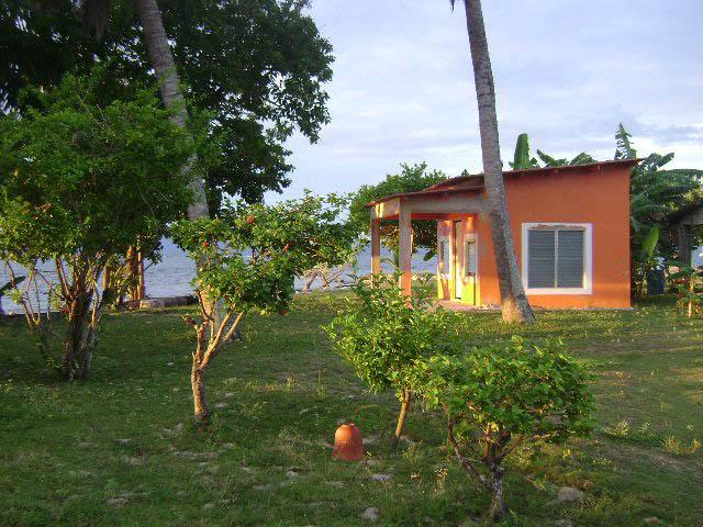 hotel-el-porvenir-san-blas-islands-panama-comfortable-cabanas