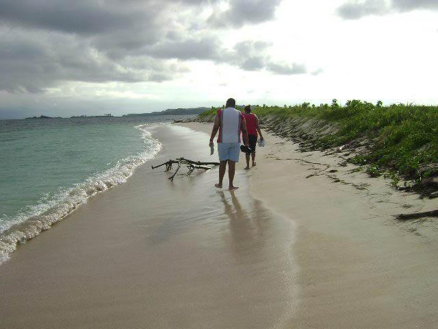 hotel-el-porvenir-san-blas-islands-panama-quiet-beaches