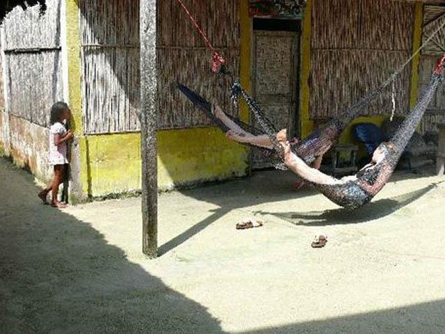 kuna-niskua-lodge-san-blas-islands-panama-relax-hammock