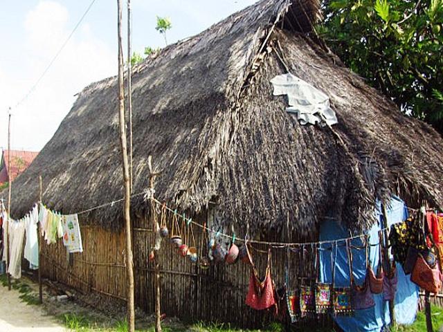 Casa tipica Kuna en Cabañas Kuanidup