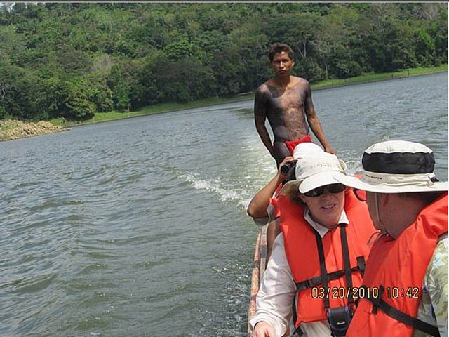 embera-village-day-tour-panama-canoa-trip