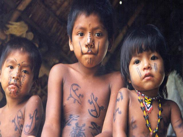embera-village-day-tour-panama-children