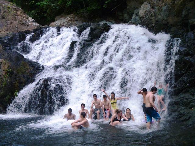 embera-village-day-tour-panama-waterfall