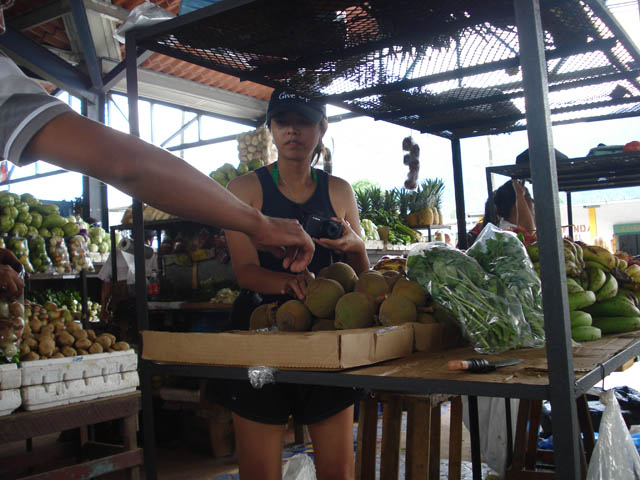 panama-el-valle-day-tour-shopping-el-valle-fruits-market