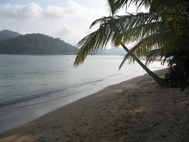 panama-tour-portobelo-isla-grande-Beach-day-tour