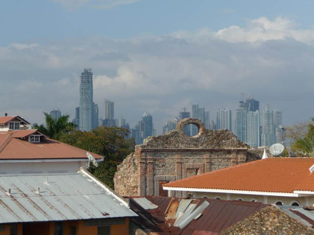 panama-city-day-tour-casco-viejo-and-new-city-shot