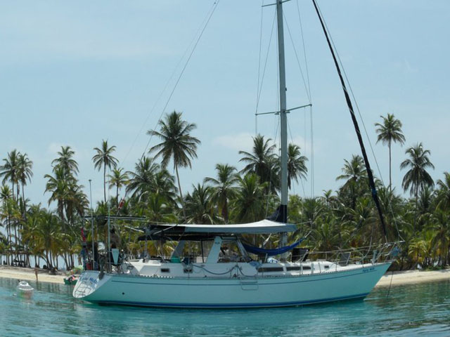 Panama-to-Colombia-Gypsy-Moth-sailing-Yacht3