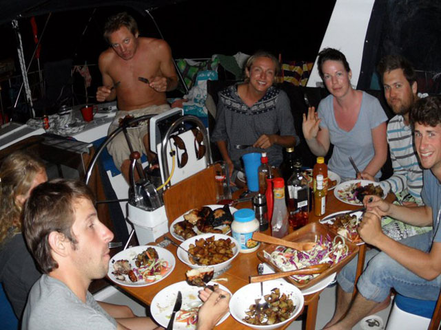 Panama-to-Colombia-Gypsy-Moth-sailing-dinner