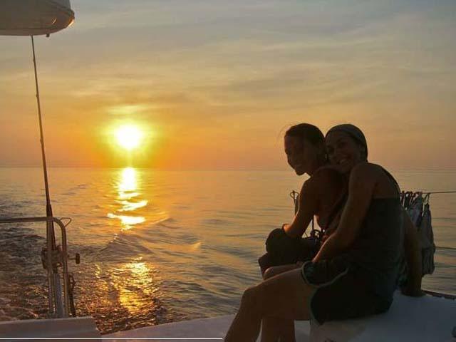 Sailing-Panama-Cartagena-San-Blas-buon-vento-sunset