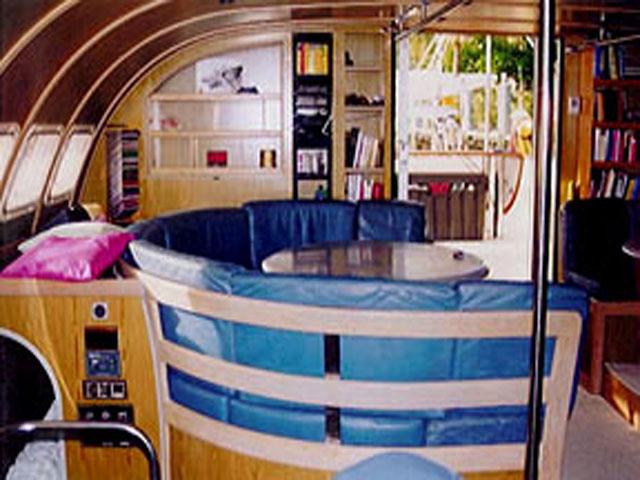 Sailing-Panama-Cartagena-San-Blas-jacqueline-saloon