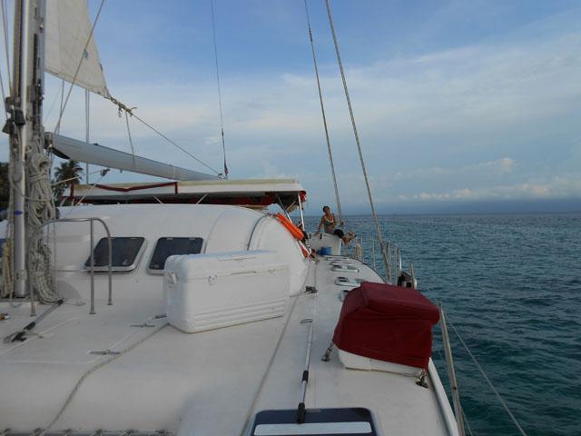 Sailing-Panama-Cartagena-San-Blas-jacqueline-side