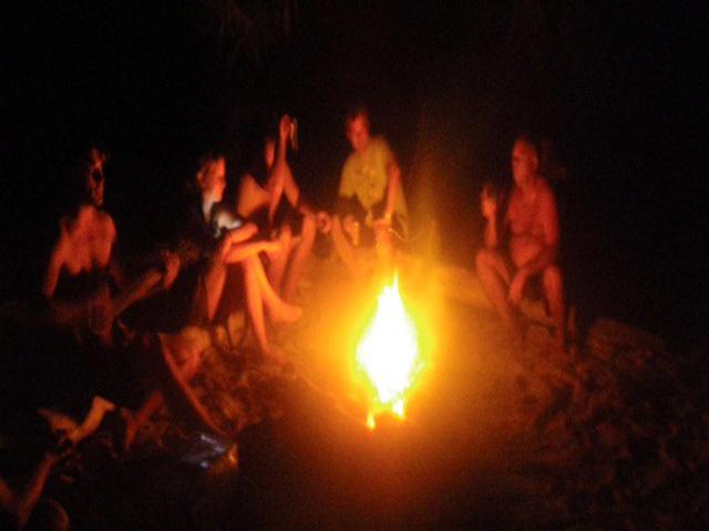 Sailing-Panama-Cartagena-San-Blas-darien-gapster-bonfire