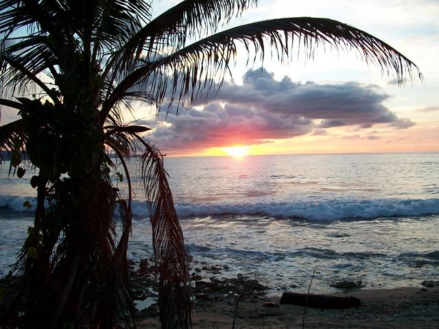 Sailing-Panama-Cartagena-San-Blas-darien-gapster-sunset