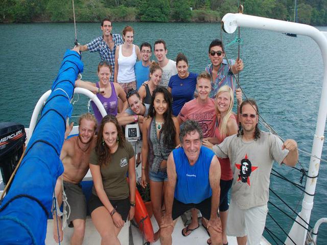 Sailing-Panama-Cartagena-San-Blas-independence-grupo