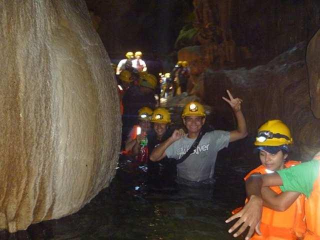 Explore Caves at Lago BayanoExplore Caves at Lago Bayano