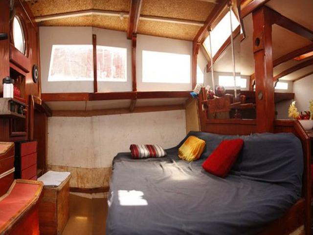 Sailing-Panama-Cartagena-San-Blas-central-cabin