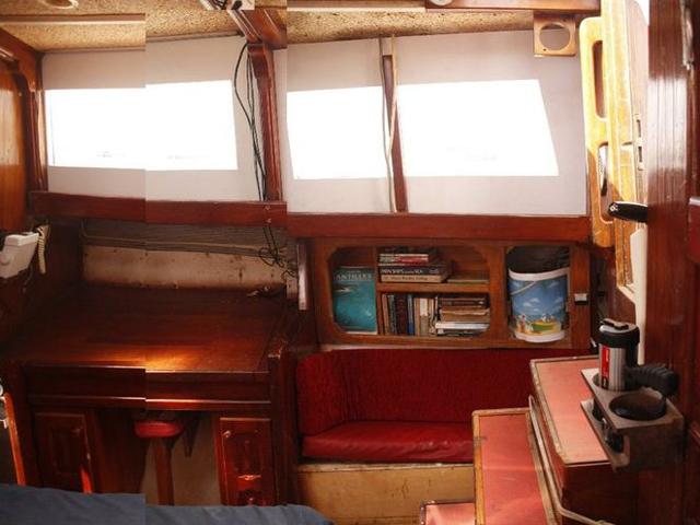 Sailing-Panama-Cartagena-San-Blas-lobby