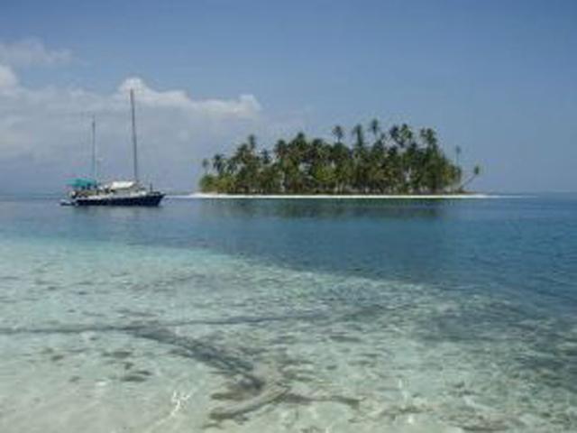Sailing-Panama-Cartagena-San-Blas-luka-luka-in-san-blas