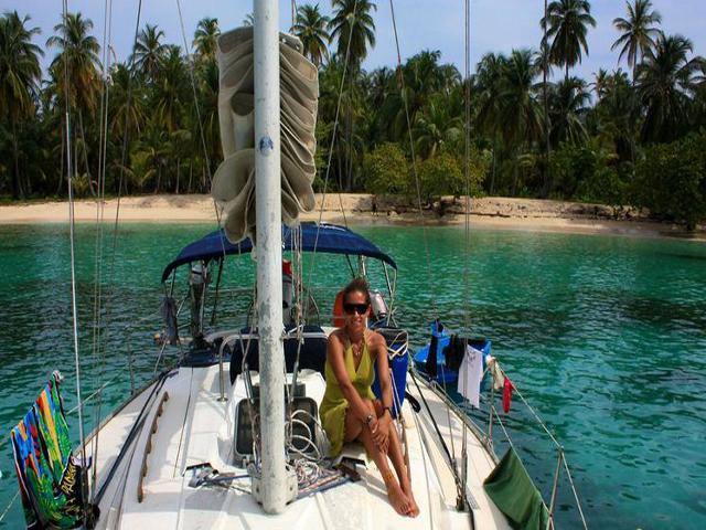 Sailing-Panama-Cartagena-San-Blas-on-the-islands2