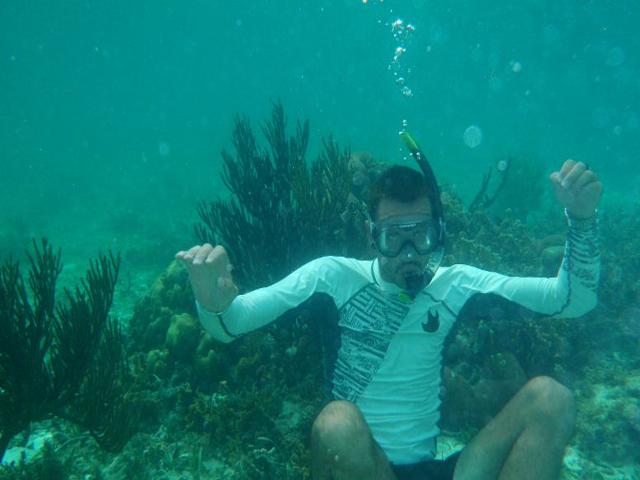 Sailing-Panama-Cartagena-San-Blas-snorkelling