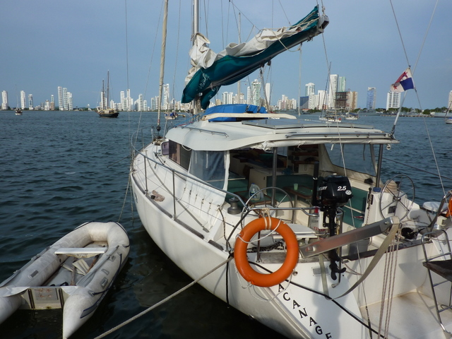 Sailing-Panama-Cartagena-San-Blas-the-boat2