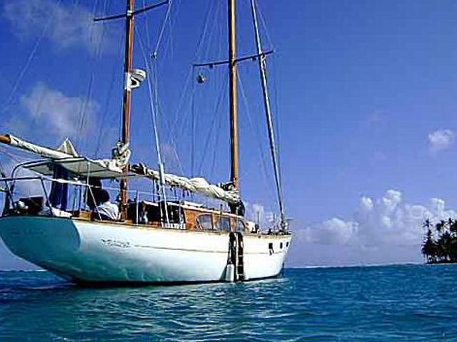 Sailing-Panama-Cartagena-San-Blas-the-boat6