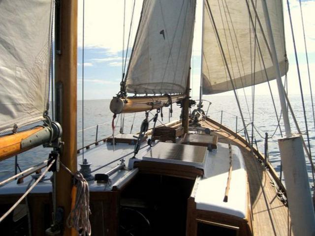 Sailing-Panama-Cartagena-San-Blas-the-boat7