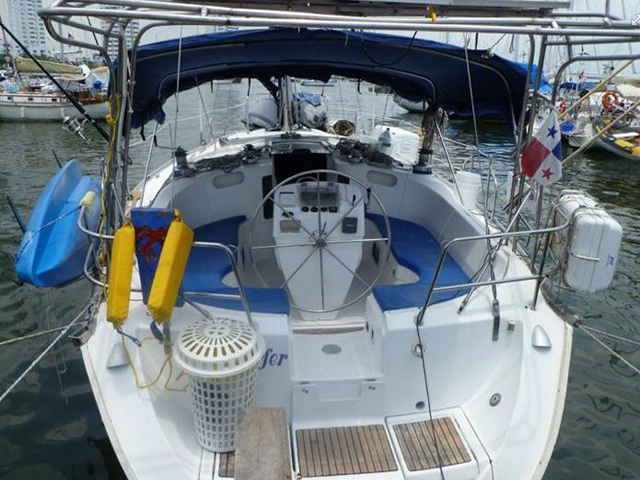 Sailing-Panama-Cartagena-San-Blas-windsurfer-master-place