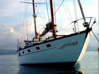 t-Sailing-Panama-Cartagena-San-Blas-the-boat