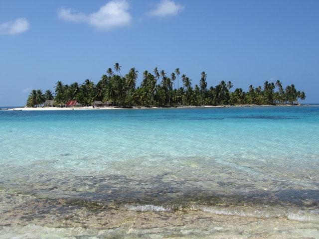 san-blas-islands-panama-camping-tour-island