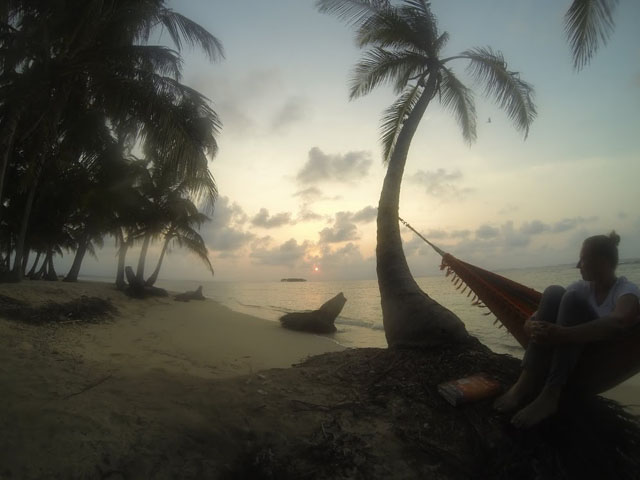 san-blas-islands-panama-camping-tour-read