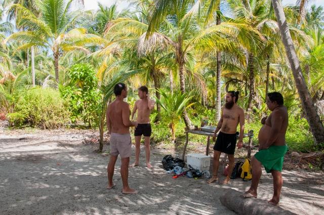 Cayos Holandeses Camping